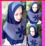 Grosir Jilbab Della Kombinasi Bunga