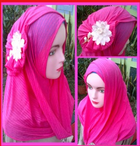 Grosir Jilbab Fatin Salur Bunga