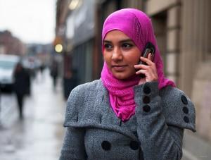 Tips Memilih Warna Jilbab