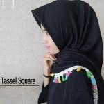 grosir-segi-empat-tassel-square-sg-jilbab-28-31-40-510