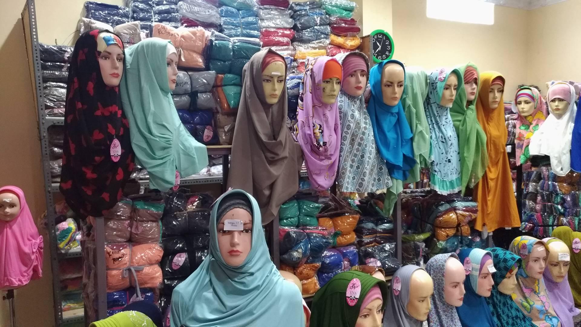 Menjajal Grosir Jilbab Instan Murah Tanah Abang