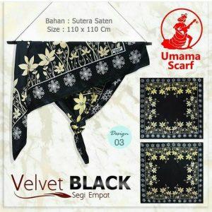 Segi Empat Velvet Black 03