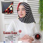 Segi Empat Luxe Lux 09