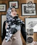Segi Empat Black & White 05