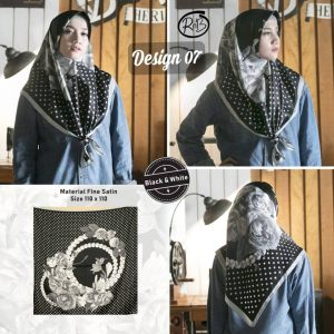 Black & White 24 27 35 390 Design 7