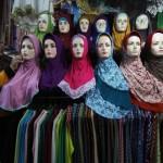 Tips Merawat Jilbab Kerudung Agar Tetap Awet