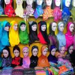 Penjualan Jilbab Meningkat menjelang Puasa dan Lebaran, Foto Sumber Yahoo.co.id