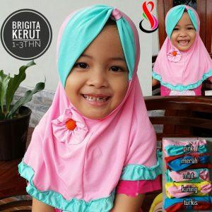 Jilbab Anak Brigita Kerut