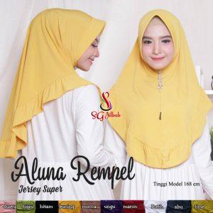 Hijab Aluna Rempel