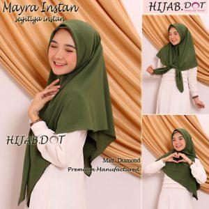Hijab Segitiga Mayra Instan.